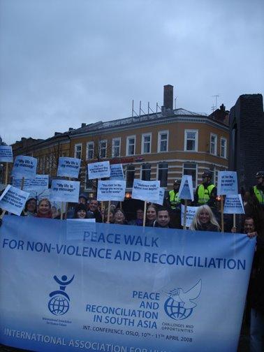 peace & reconciliation conf- oslo-3.jpg